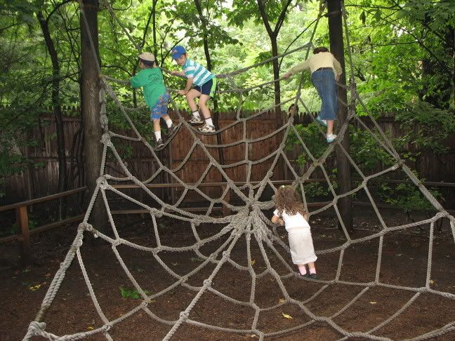 making rope spider web climb - NEED to make this for Keego