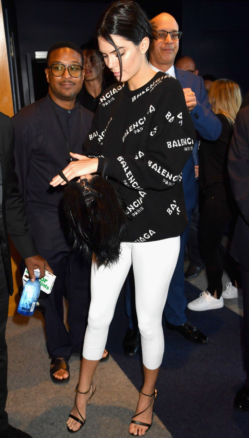 Can We Talk About Kendall Jenner S White Leggings Kendall Jenner Outfits Kendall Jenner Style Kendall Style