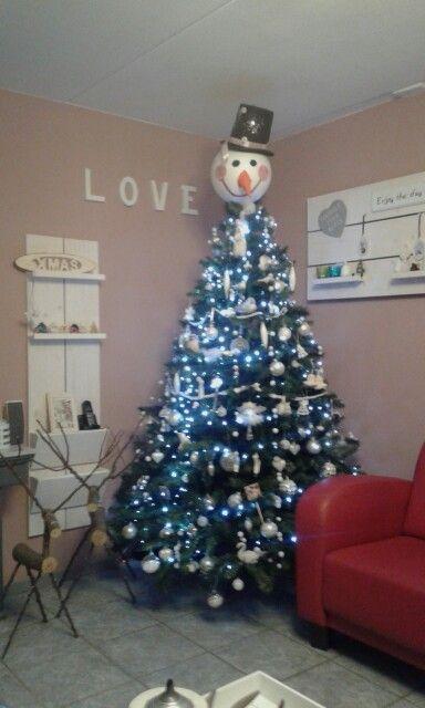 onze  sneeuwman kerstboom