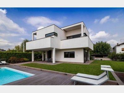 Riegelbau design modern einfamilienhaus von rubner haus for Villa flachdach