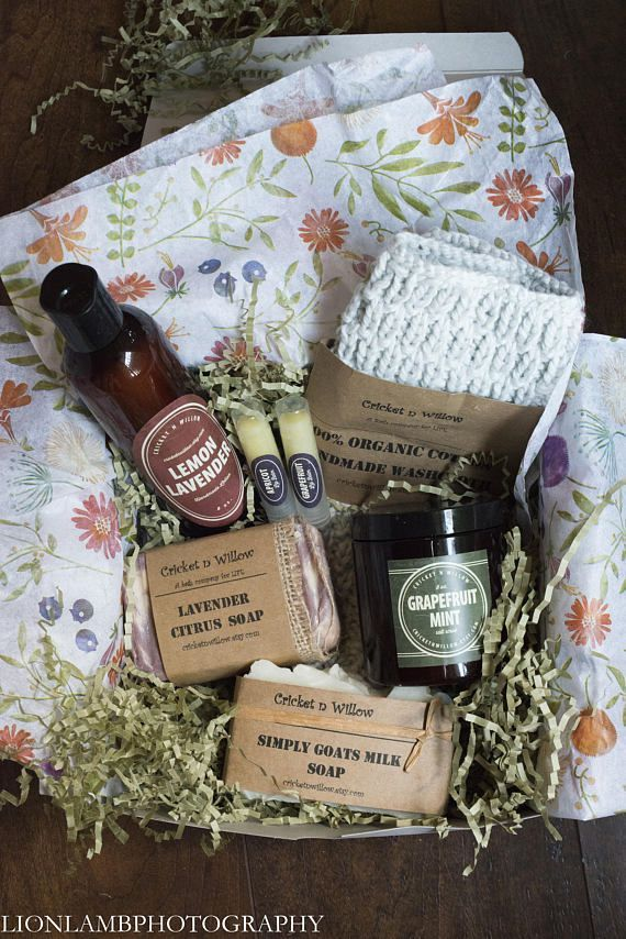 Our Lavender Citrus Gift Box is wonderful to gift to the person you love or keep it to p&er yourself! Looking for a great Christmas gift for your mom ... & Citrus Spa Soap Gift Set Basket Box for Care Package Luxury Gift for ...