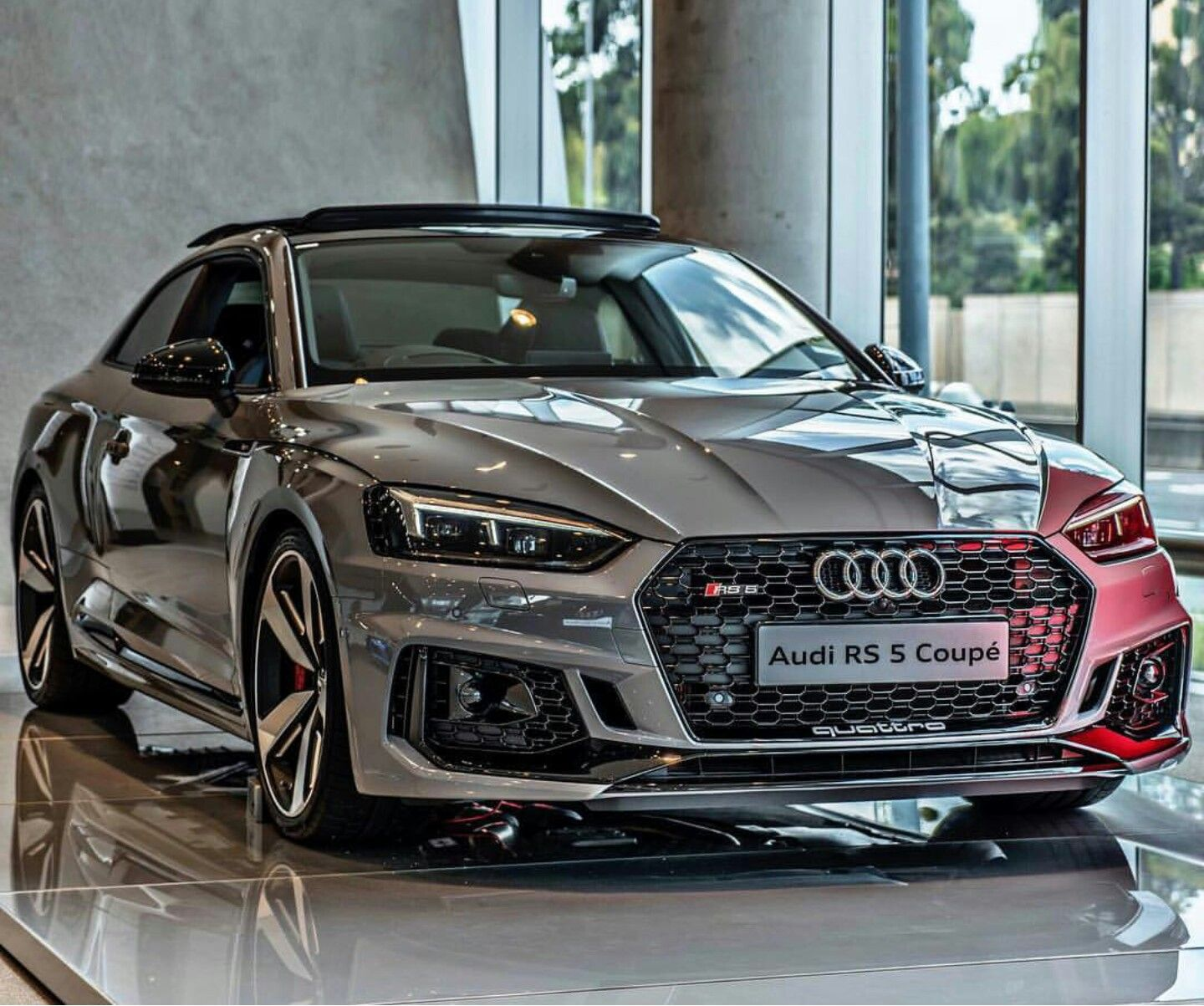 Photo of Audi RS 5 Coupe