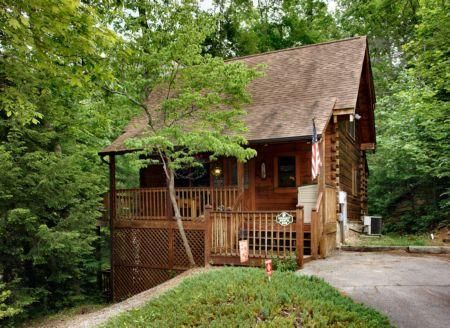 Rent This 2 Bedroom Cabin In Pigeon Forge For 89 Night Has Dvd Player And Hot Tub Read Reviews And View Pigeon Forge Vacation Cabin Rentals