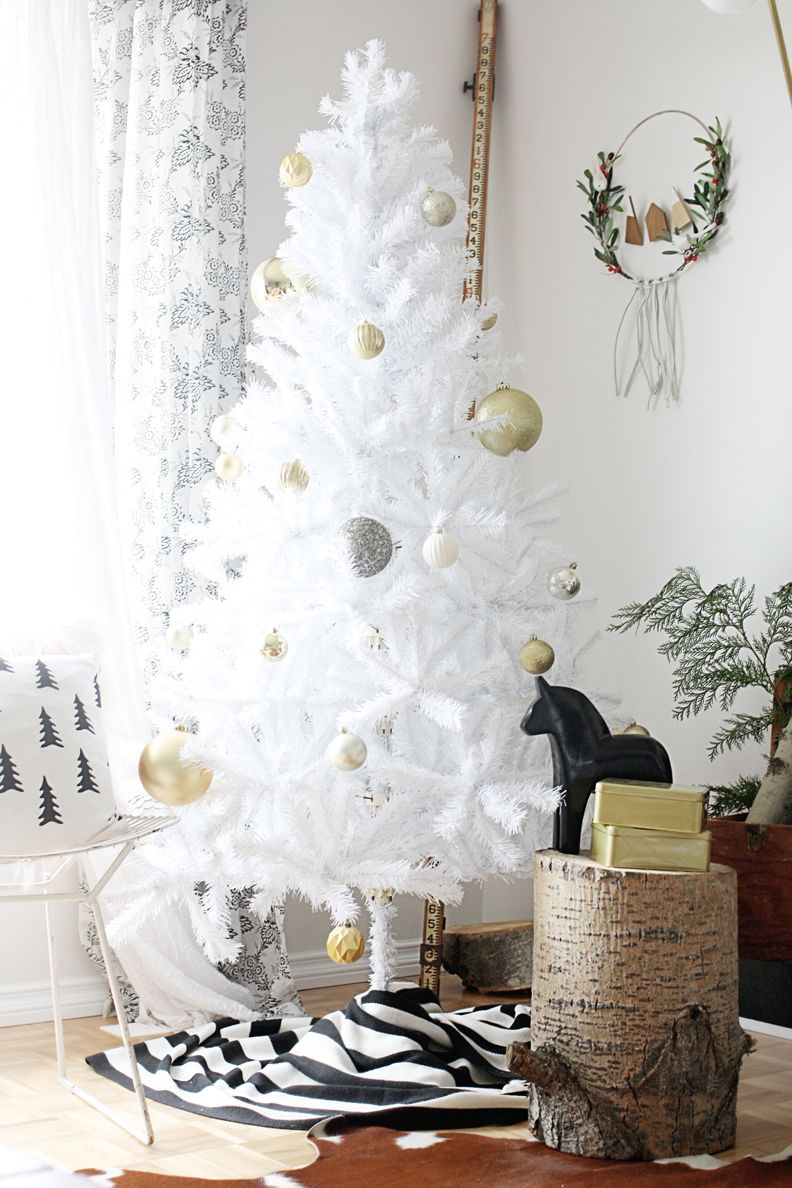White tree, Ikea blanket for tree skirt. | C H R I S T M A S ...