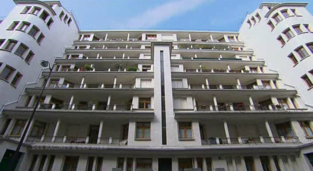 Henri sauvage immeuble piscine rue des amiraux paris for Piscine des amiraux