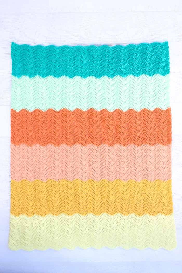 1630f1d39475 Modern Gender Neutral Crochet Baby Blanket - Free Pattern!