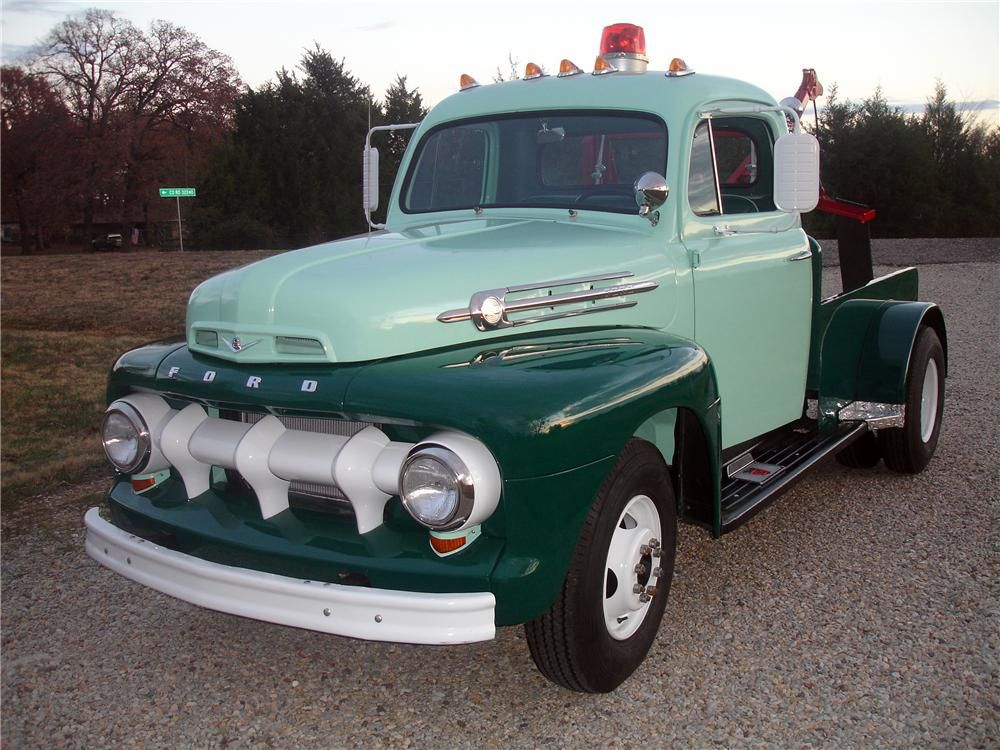 1952 Ford F 3 Tow Truck With Images Tow Truck Vintage Trucks