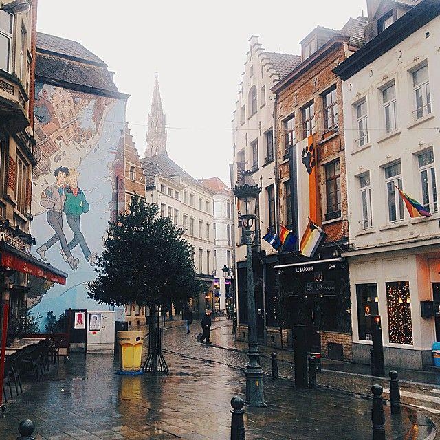 Masha Chesnokova On Instagram Brussels Streets Brussels Belgium Street Streetart Travelling Ilovetravelling Vsco Vsco Places To Go Street Street Art