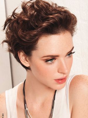 Surprising 1000 Images About Curly Hairstyles Short To Mid Length On Short Hairstyles Gunalazisus