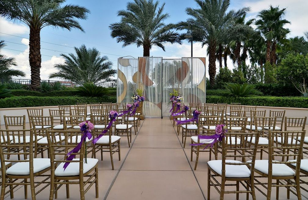 The Signature At Mgm Grand Las Vegas Wedding Venue Las Vegas Wedding Venue Vegas Wedding Venue Mgm Grand Las Vegas
