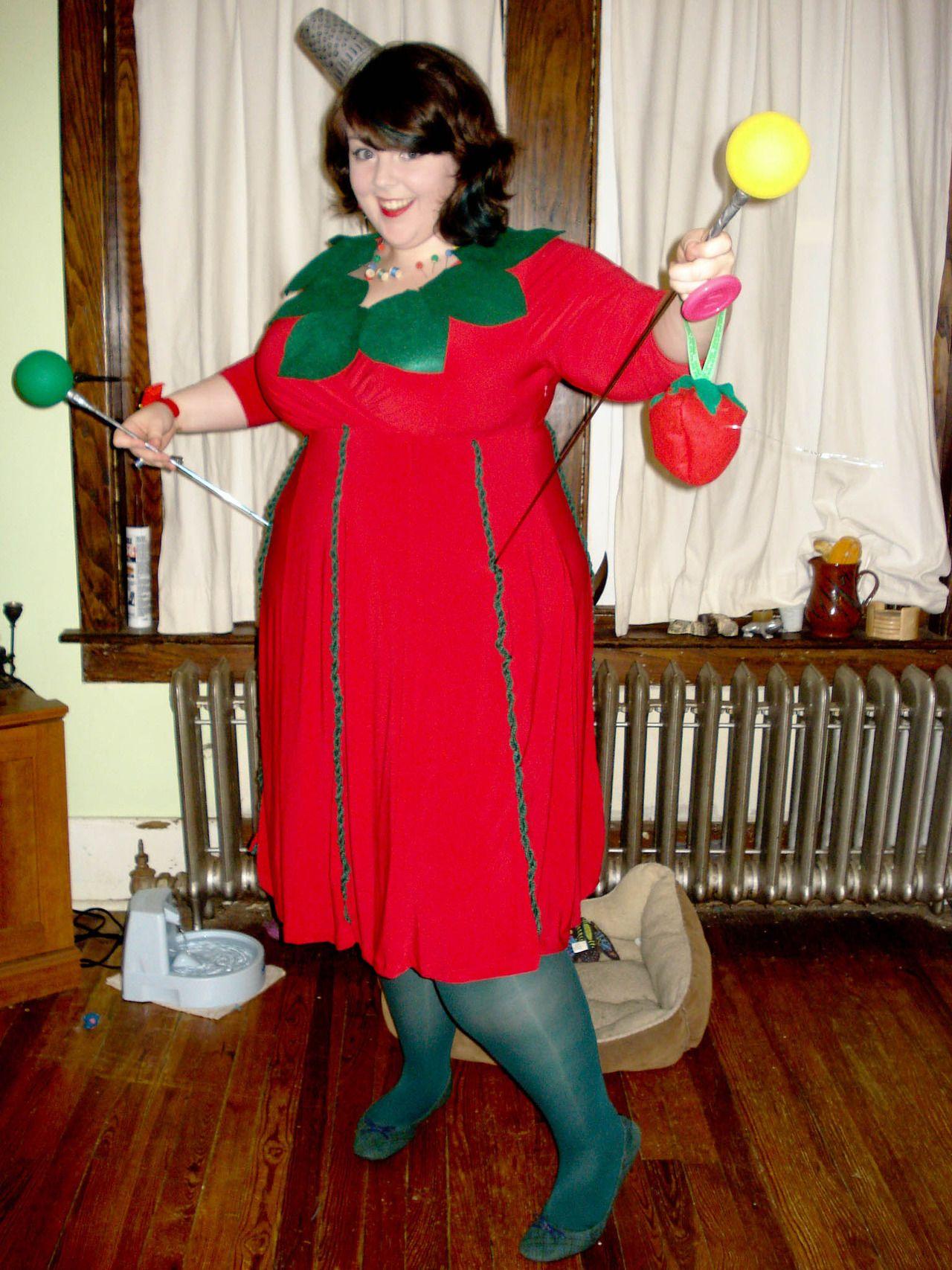 me halloween diy costume costumes handmade halloween pin cushion tomato pin cushion plus size costume