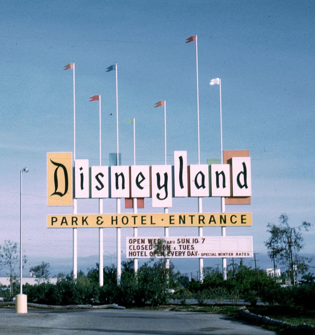 1960' Disneyland Entrance Sign - Anaheim Ca Neon Signs