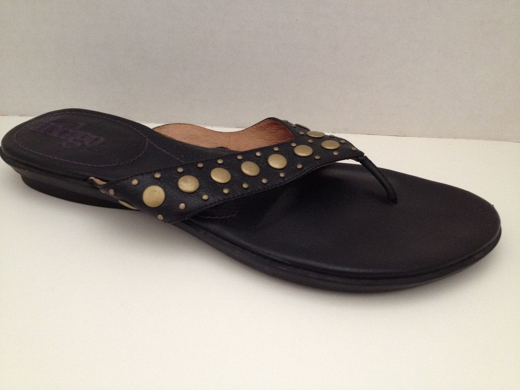clarks womens slippers size 9