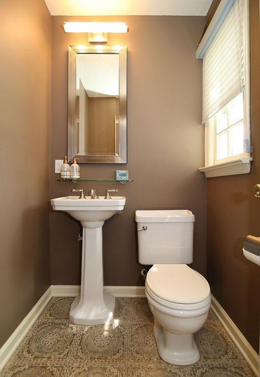 10 Ways To Make A Small Bathroom Look Bigger Small Bathroom Traditional Bathroom Small Half Bathrooms