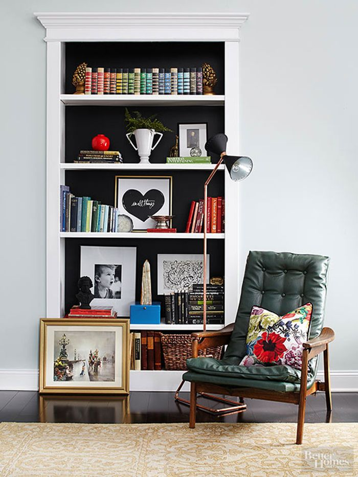 How to Style Your Bookshelves - The Makerista