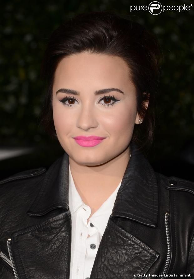 Demi Lovato foi a primeira competidora a perder todos seus artistas durante a temporada que participou