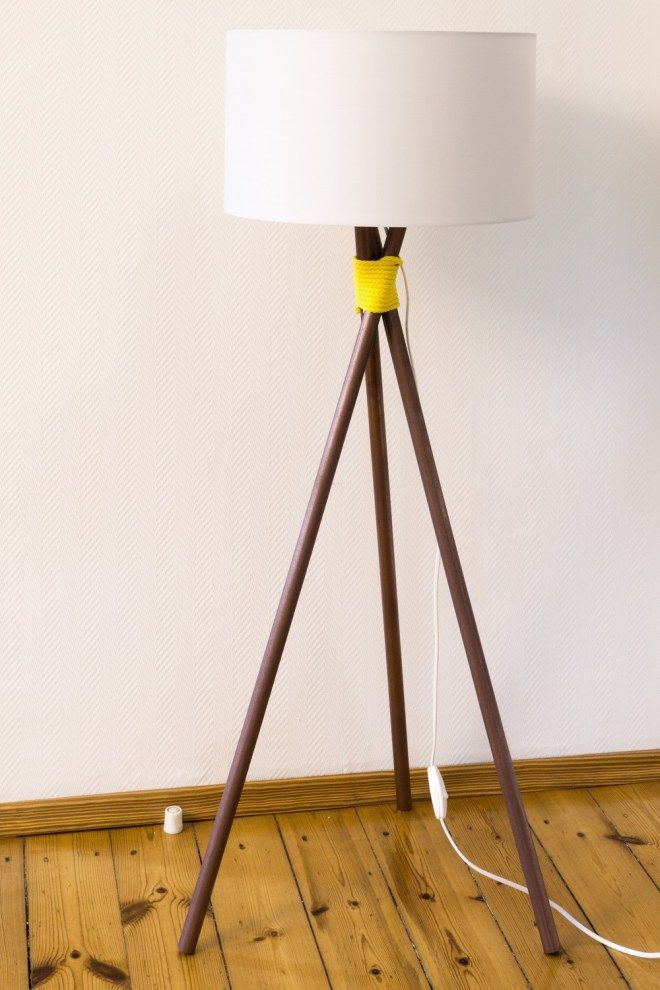 kupfer stehlampe selber bauen so geht 39 s schereleimpapier diy upcycling pinterest lampen. Black Bedroom Furniture Sets. Home Design Ideas