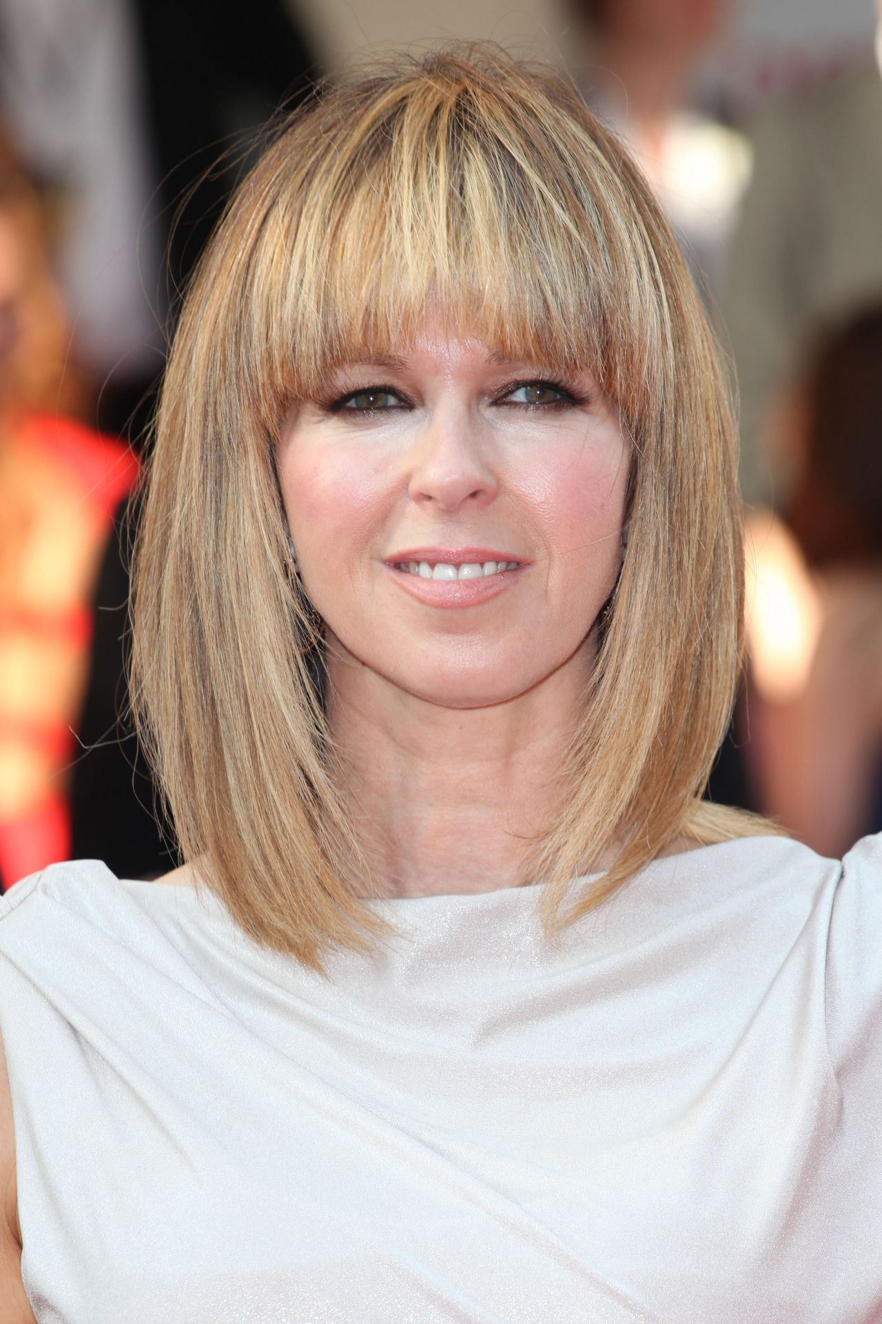 pin by melvas on hairstyles | kate garraway, medium hair