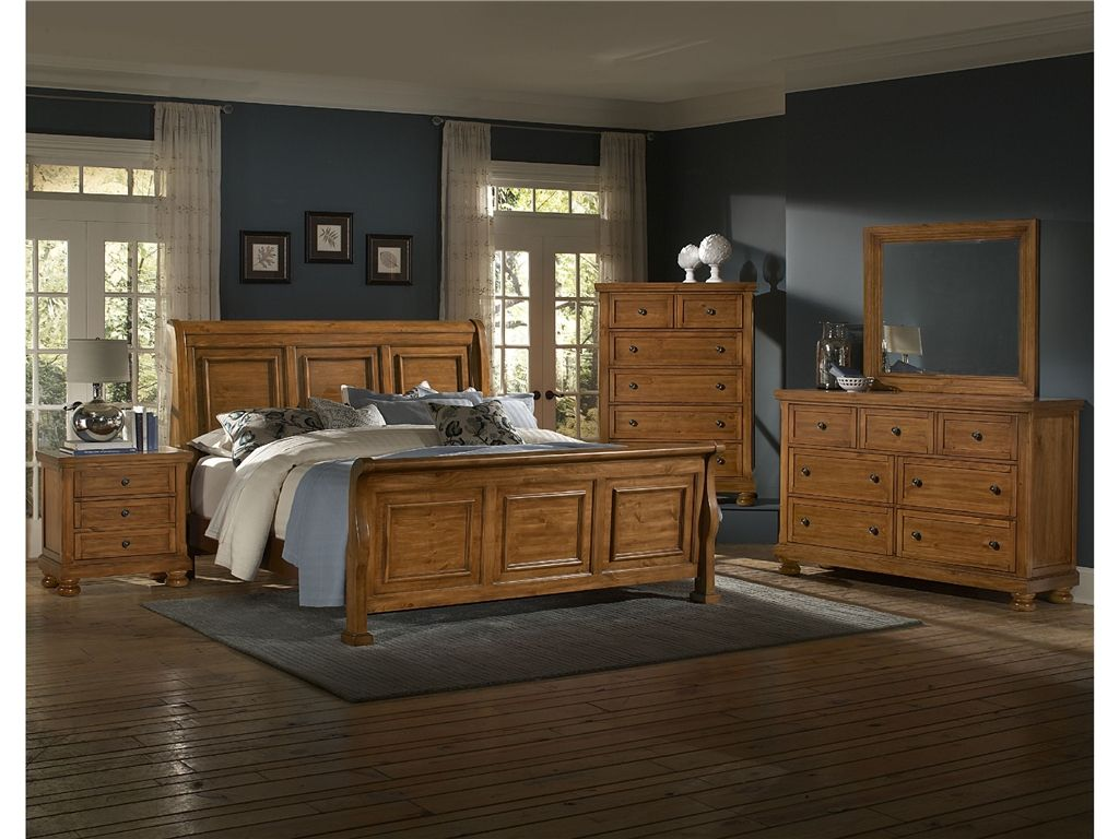 Vaughan-Bassett Bedroom Triple Dresser 540-002 - Woodley\'s Furniture ...