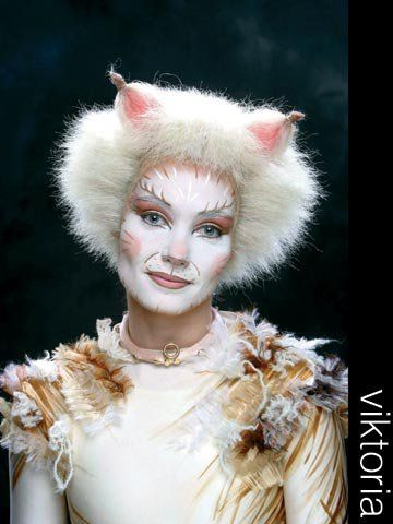 Victoria Cats Musical Dancing Cat Jellicle Cats