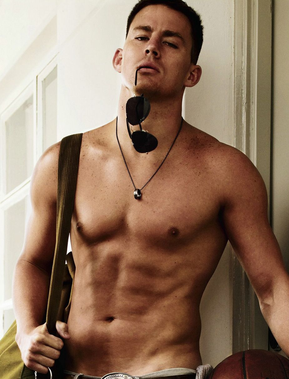 I kinda grew out of posting pictures of half naked men everywhere...until I saw Channing Tatum. I love my Husband, but what I wouldn't give....ohhhh lordy.