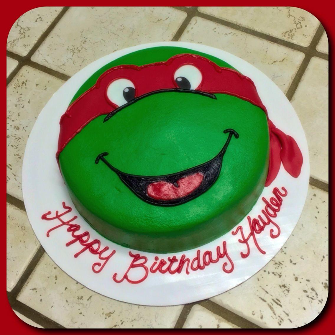 A Teenage Mutant Ninja Turtle Raphael Face Cake