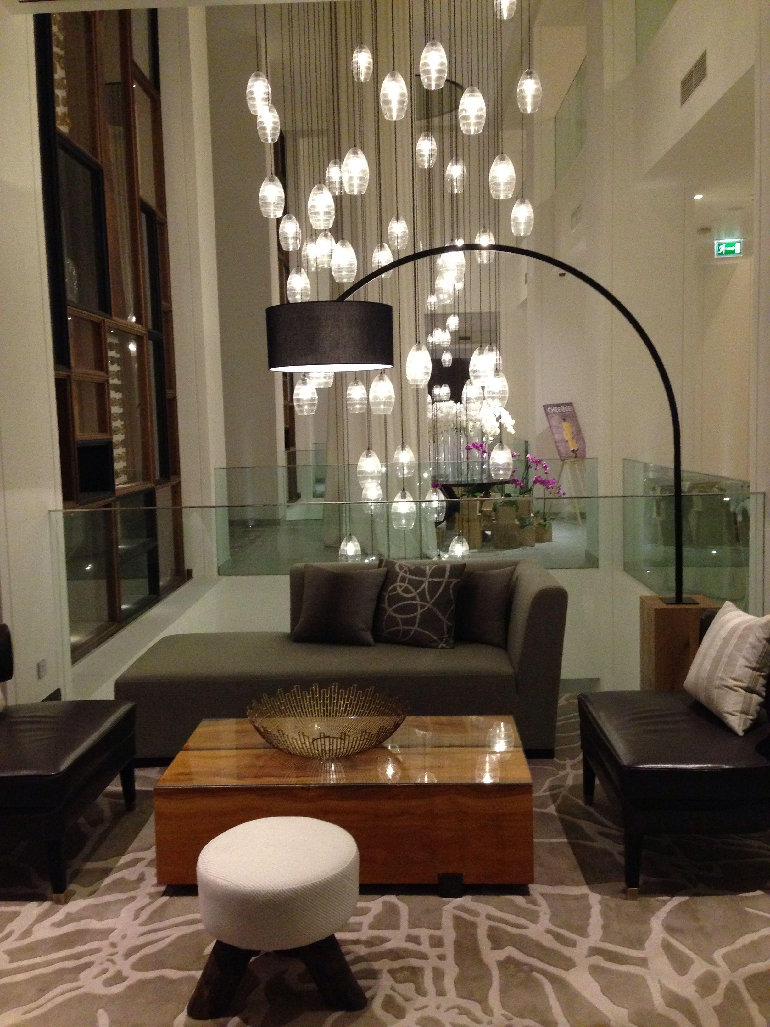 Vida Hotels Lobby Dubai Oit Likes Travelling