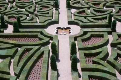 How to Build a Backyard Labyrinth the Easy Way