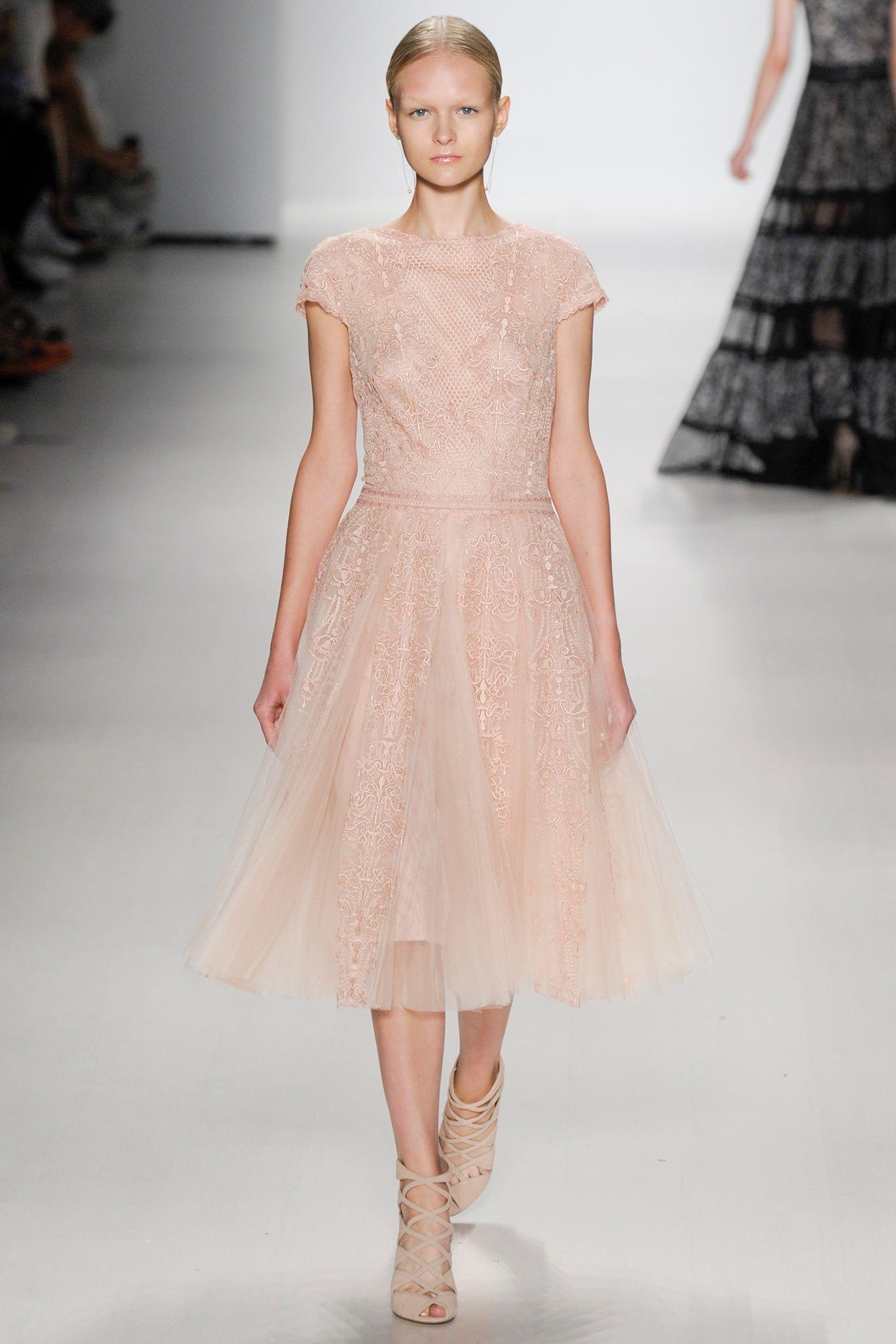 Adiós blanco! Novias Pretty in Pink | Ideas de boda, Adiós y El verano