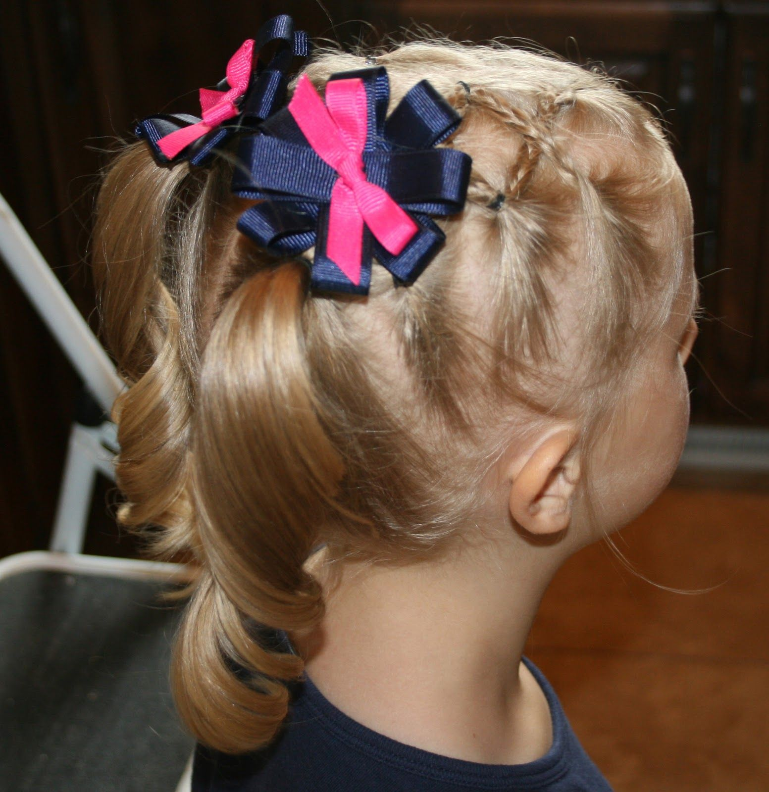 This site has really cute little girl hair tutorials hair