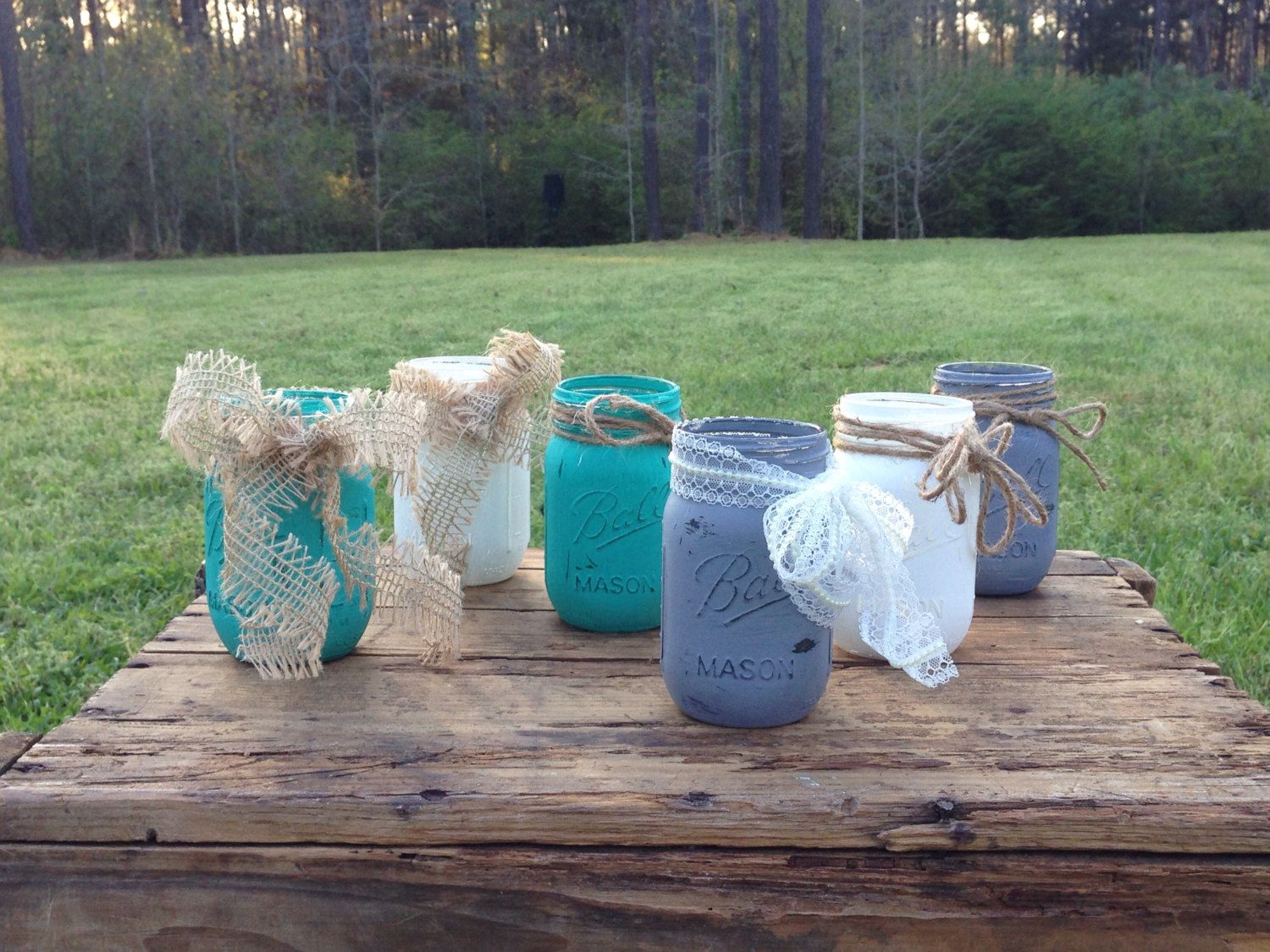 Painted Pint Mason Jars, Rustic Decor by HowItOnceWas on Etsy https://www.etsy.com/listing/227971757/painted-pint-mason-jars-rustic-decor