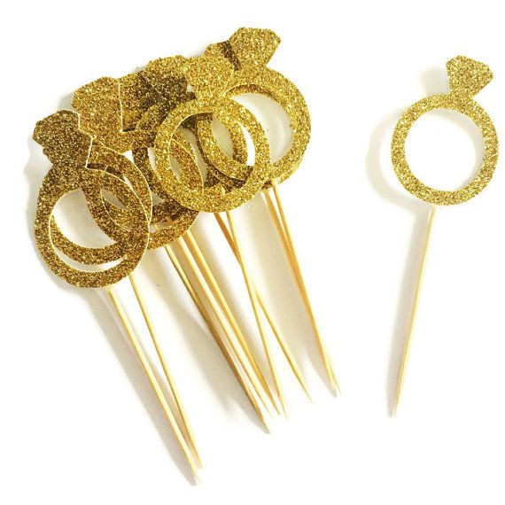 FREE SHIPPING TO AUSTRALIA Each order contains 12 gold glitter diamond ring cupcake toppers. Perfect for Weddings, anniversaries, bridal showers,