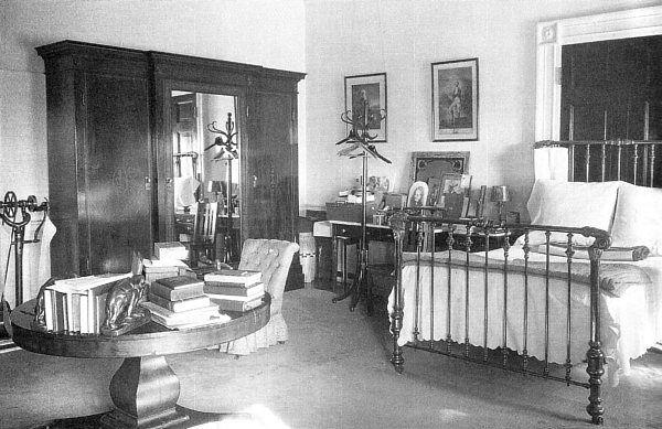 president calvin coolidge 1925 bedroom with beautiful vintage brass rh pinterest com  Blue Attic Bedroom