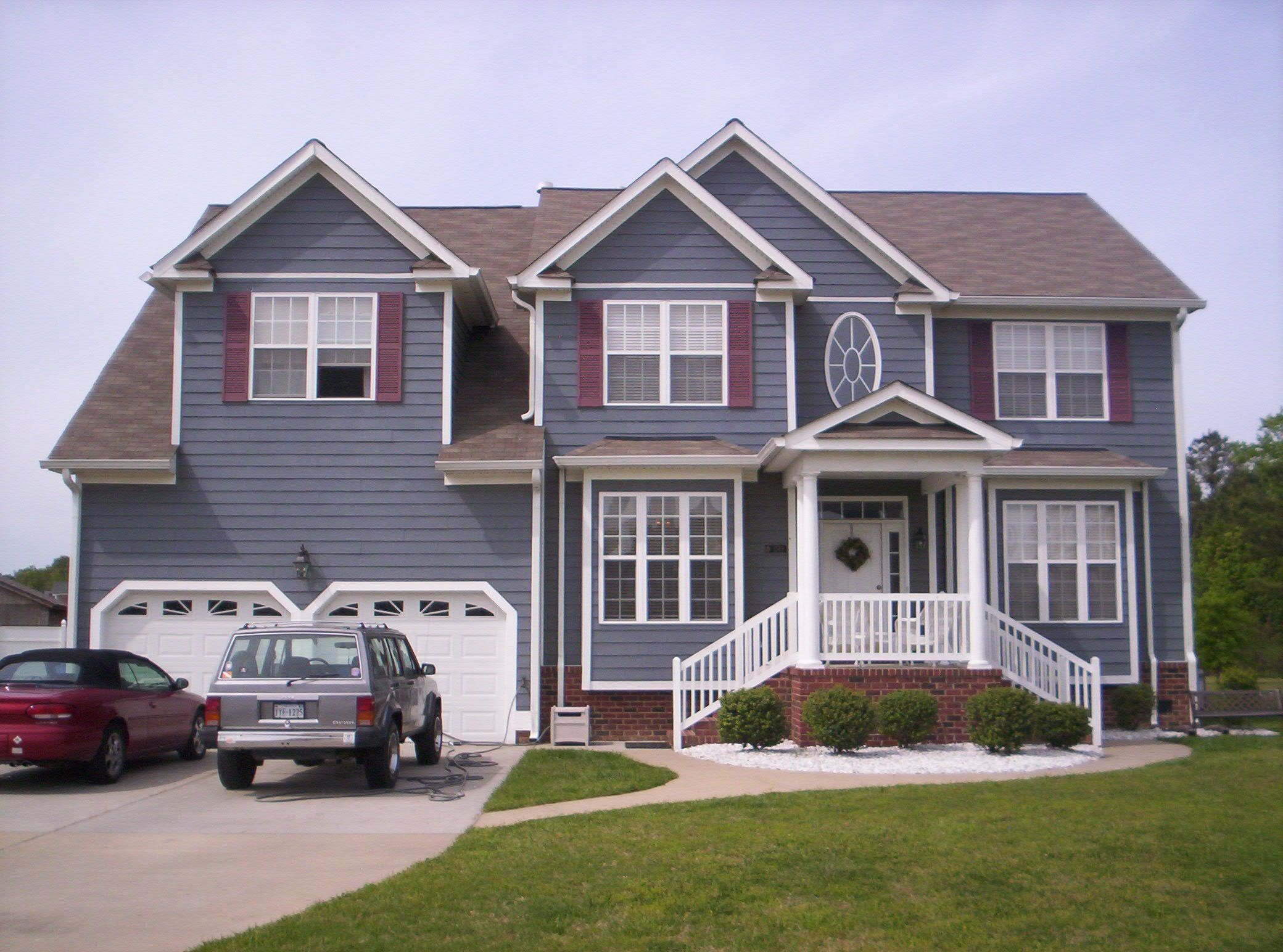 Terrific Houses Painted Gray Inspiring Largest Home Design Picture Inspirations Pitcheantrous