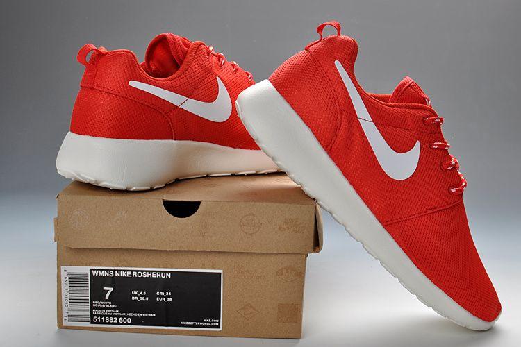 new style 5f9b5 bad6f Nike Roshe Run Womens Total Crimson White 511882 600