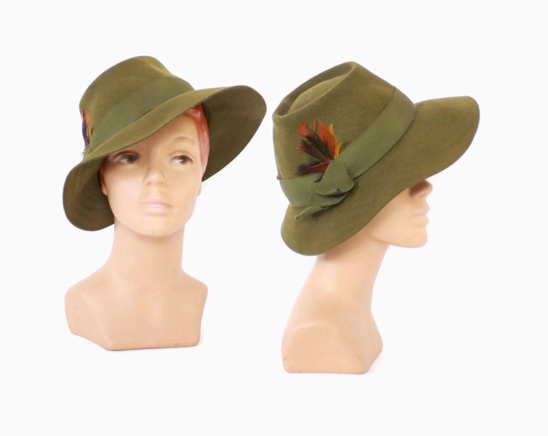 28151221b2ee Vintage 40s Women's FEDORA / 1940s Olive Green Felt Menswear Inspired Tilt  Hat by LuckyDryGoods on