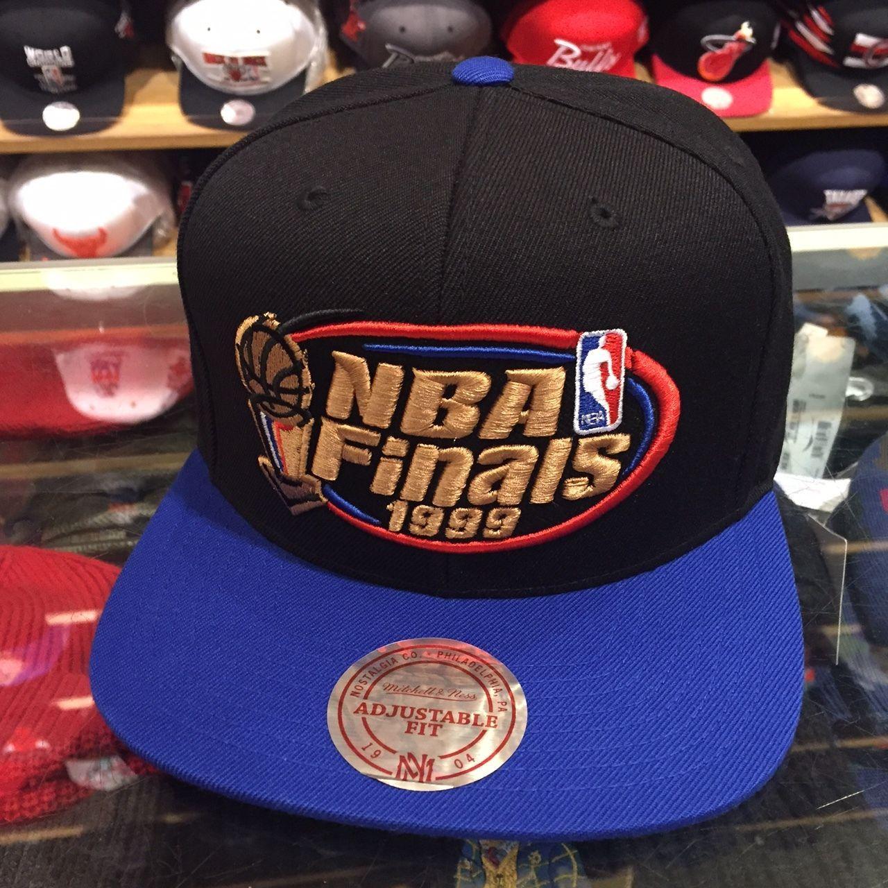 sports shoes 29ccd 832a5 Mitchell   Ness Nba York Knicks Snapback Hat Black Royal