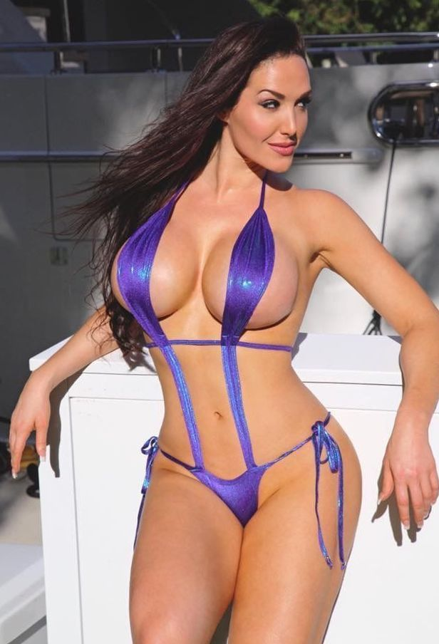 26c20c42c4d51 Charming Gia Marie Macool Blue Bikini