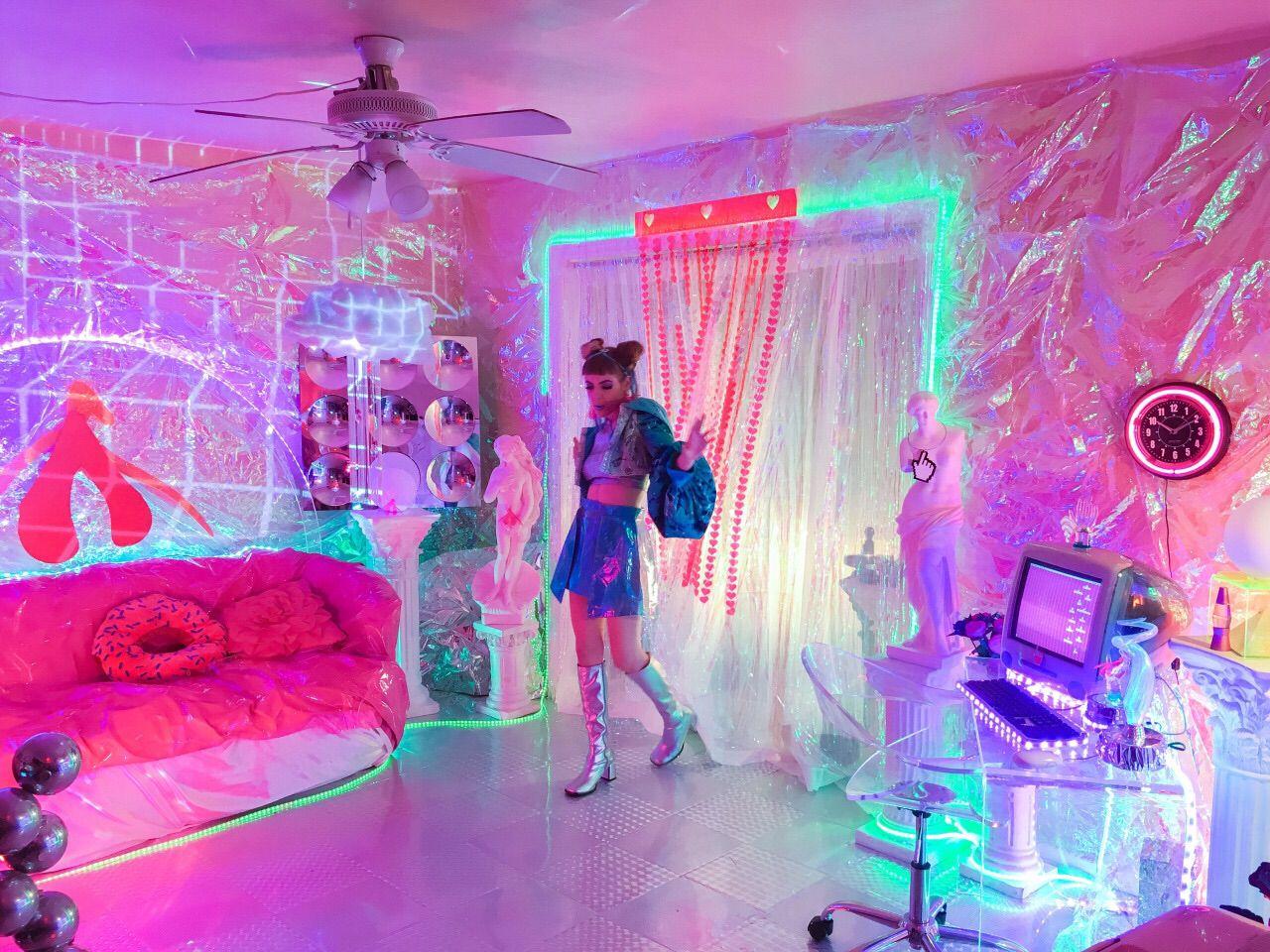 Misaki, Future Punk Trend Spotter | Quarto neon, Quartos e ... on Room Decor Ideas De Cuartos Aesthetic id=27103