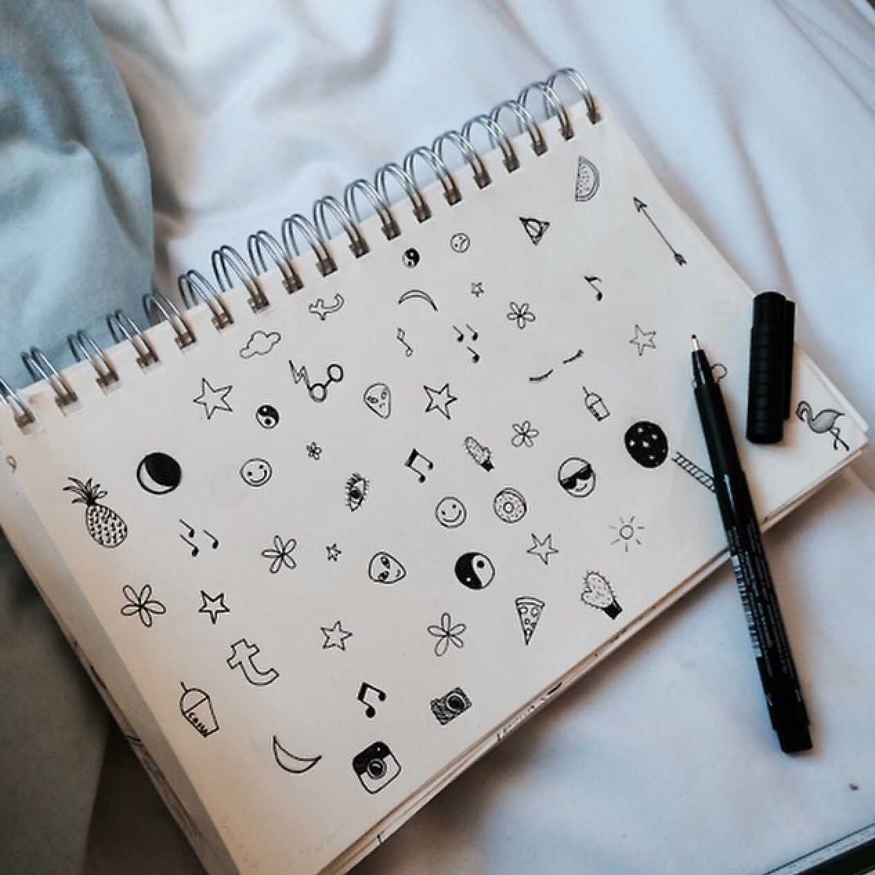 Tumblr  symbols  notebook     Tumblr photography, Doodles, Sketch book