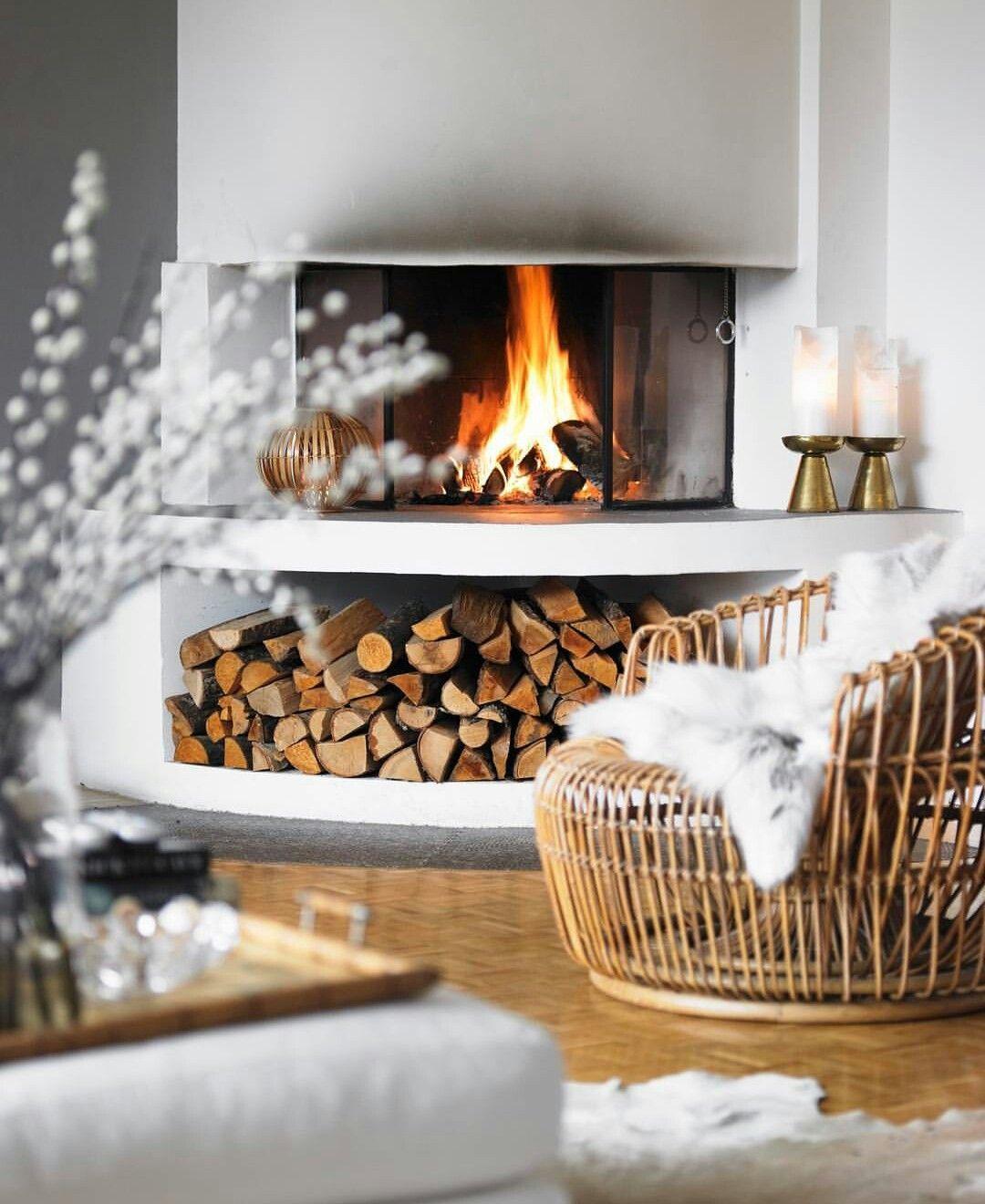 Super cozy   Cozy fireplace, Christmas fireplace decor ...