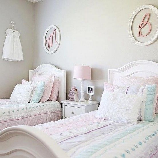 60+ Cozy and Comfortable Twin Girls Bedrooms Decor for Your Choice images