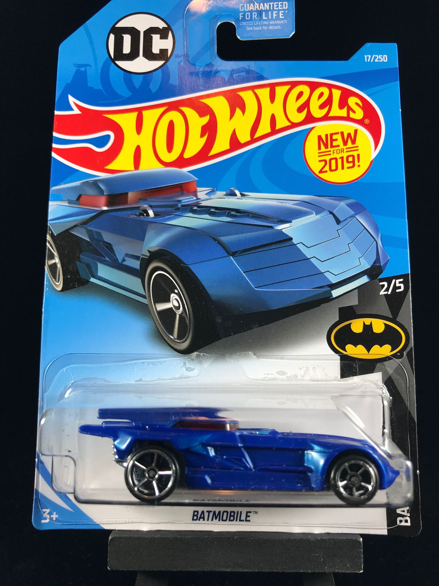 2019 hot wheels batmobile designed by mattel hot. Black Bedroom Furniture Sets. Home Design Ideas