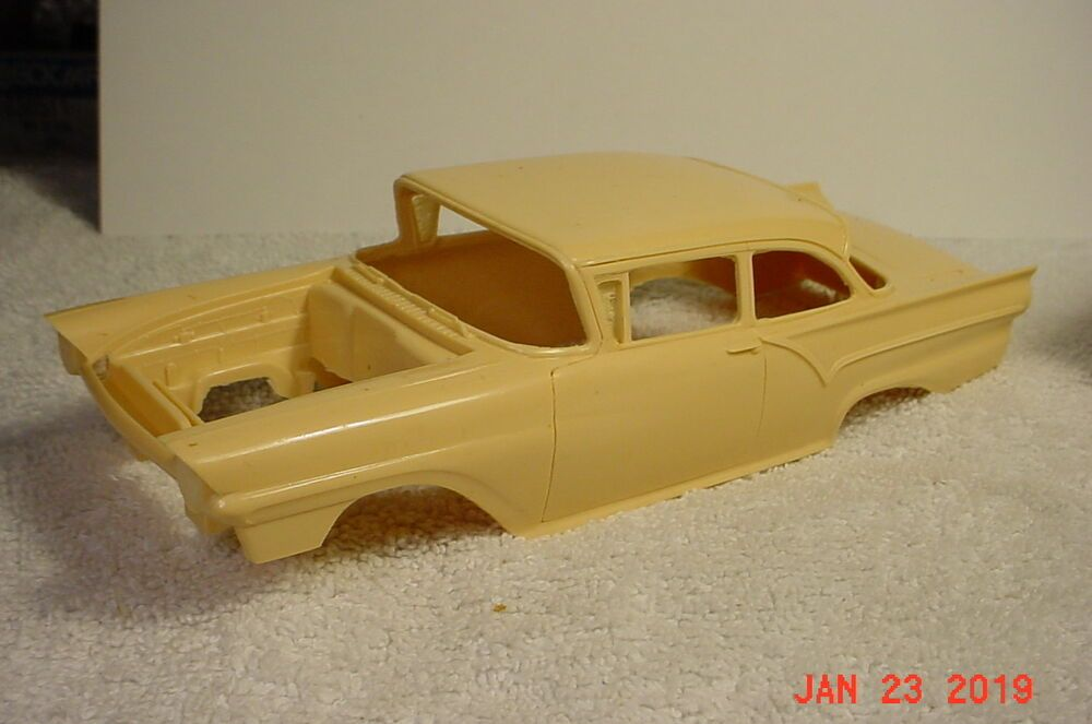 1957 Ford Custom Tudor Body RESIN 1/25 All American Models