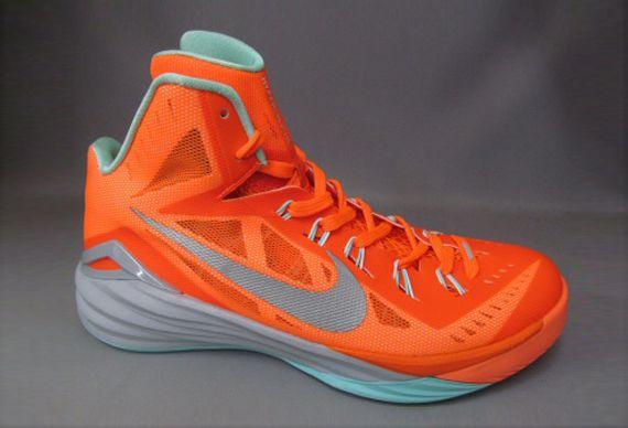 timeless design 20a86 df223 Four New Nike Hyperdunk 2014 Releases For September 2014 - SneakerNews.com