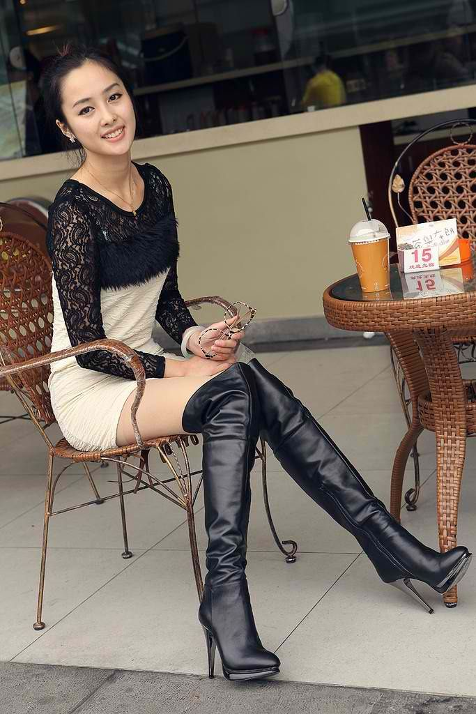 Sexy chinese in boots