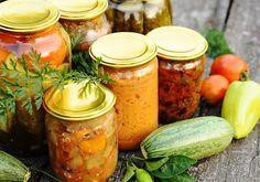 Obst und Gemüse kannst du ganz leicht selber einmachen und einkochen ➥ Rezepte für Konfitüre, Gelee und Chutney.