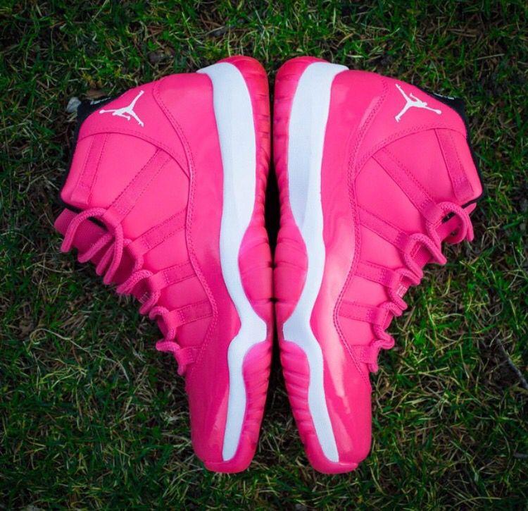 best service 51e1c 7d2a1 Custom Jordan 11 breast cancer awareness sneakers by Dejesus Customs.
