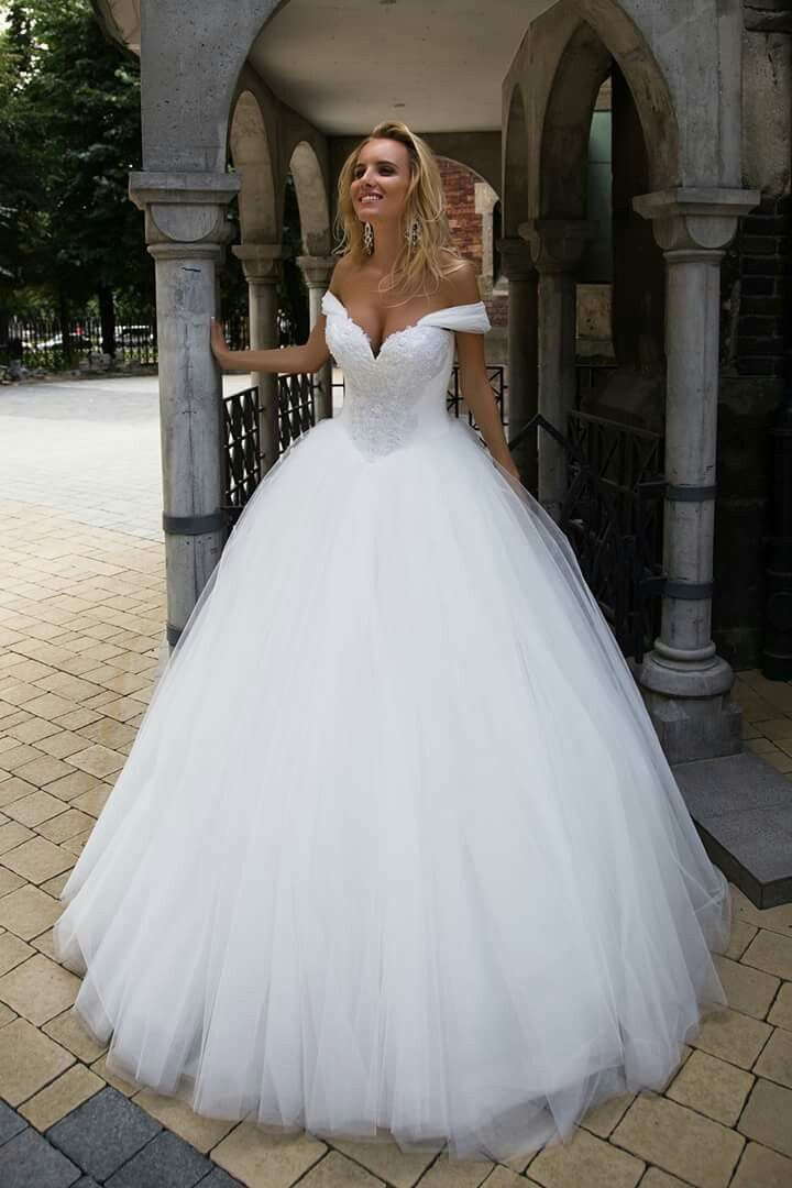 Pin by Truta Roxana on bride | Pinterest | Wedding dress, Wedding ...