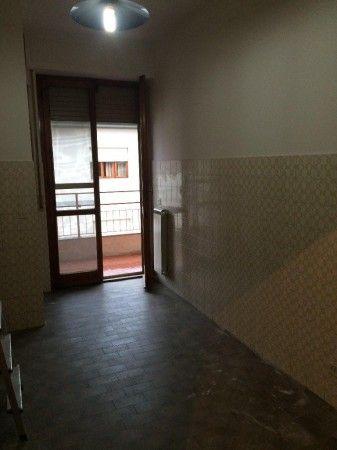 Affitto Appartamento Pisa. Quadrilocale, Buono stato